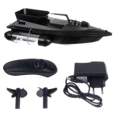 Echoloto, pašarų ar masalų nuplukdymo laivelis žvejybai